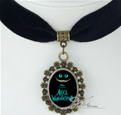 COLLIER ALICE WONDERLAND